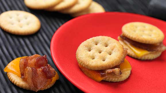 Bacon Grilled Cheese Crackers